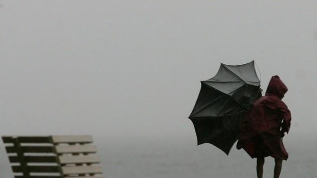 Previsão de agravamento do estado do tempo no arquipélago dos Açores, alerta Proteção Civil