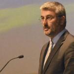 """Curso de cuidados paliativos pediátricos é """"mais um passo"""" na consolidação da Rede Regional de Cuidados Paliativos, afirma Luís Cabral"""