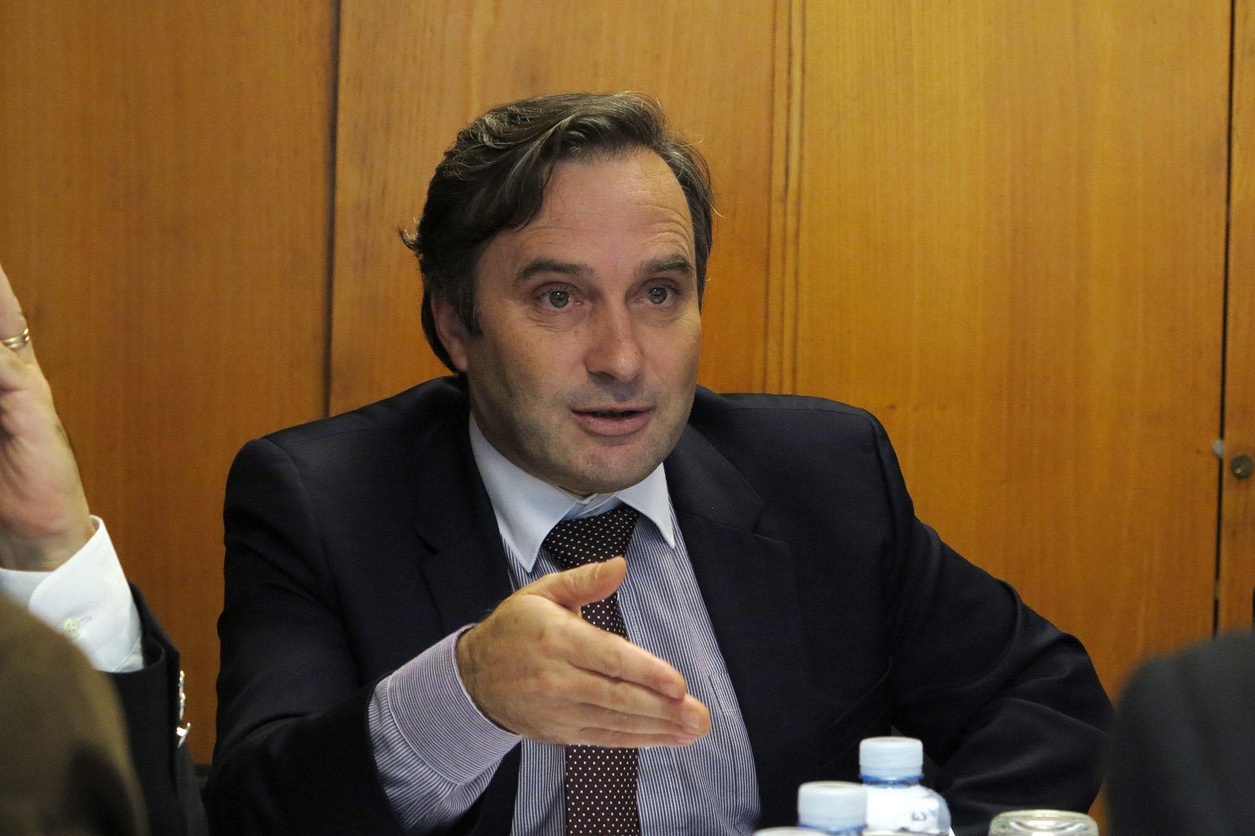 Região duplica investimento na beneficiação e reabilitação de estradas em 2016, revela Vítor Fraga