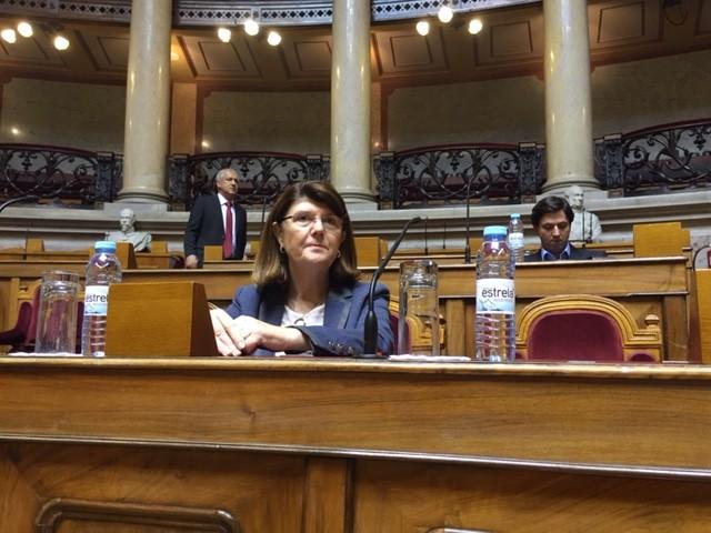 Berta Cabral eleita vice-presidente do grupo parlamentar do PSD