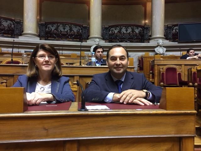 Berta Cabral e António Ventura defendem medidas adicionais de apoio para a fileira do leite