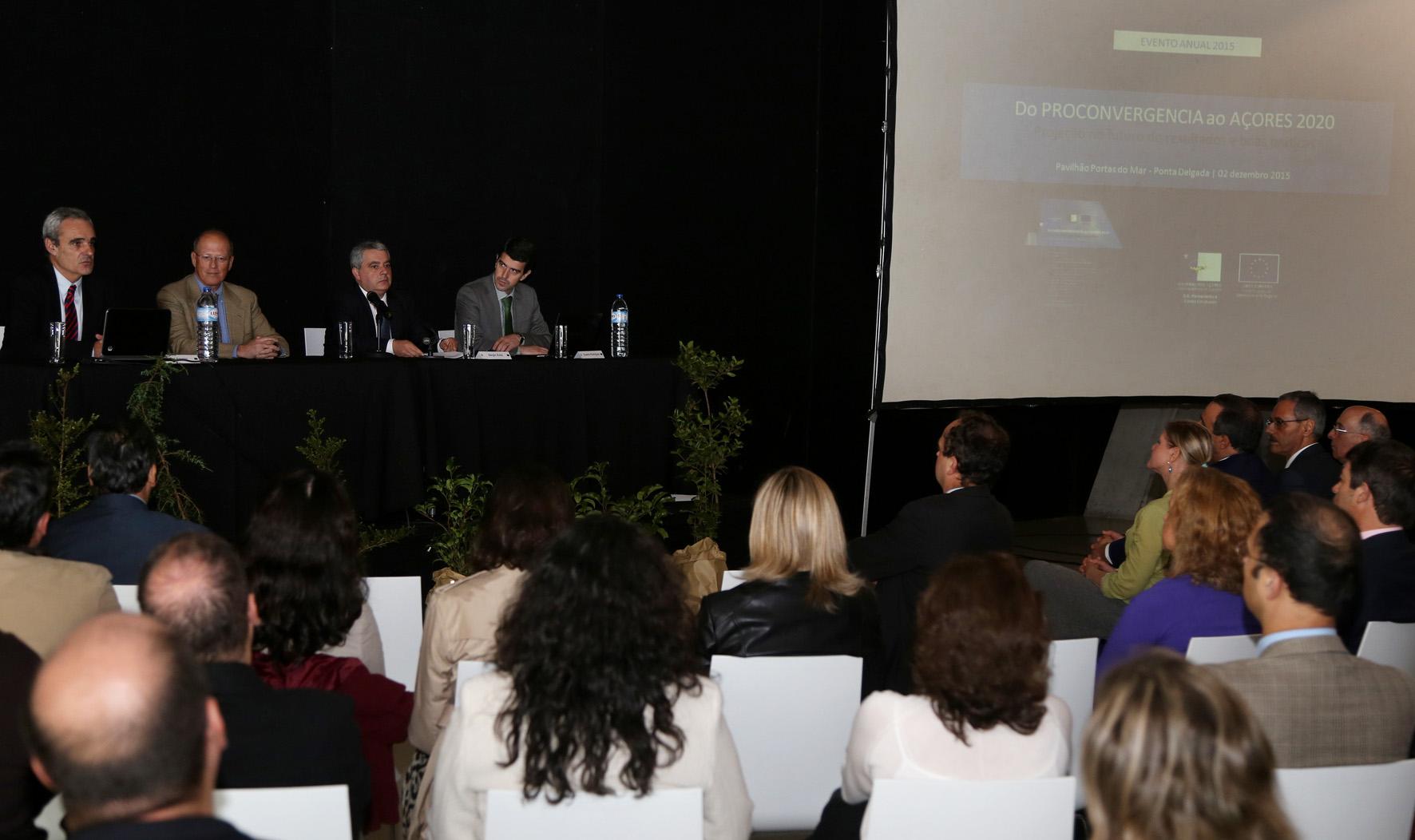 Açores superaram as suas próprias metas na convergência com o PIB médio europeu, afirma Sérgio Ávila