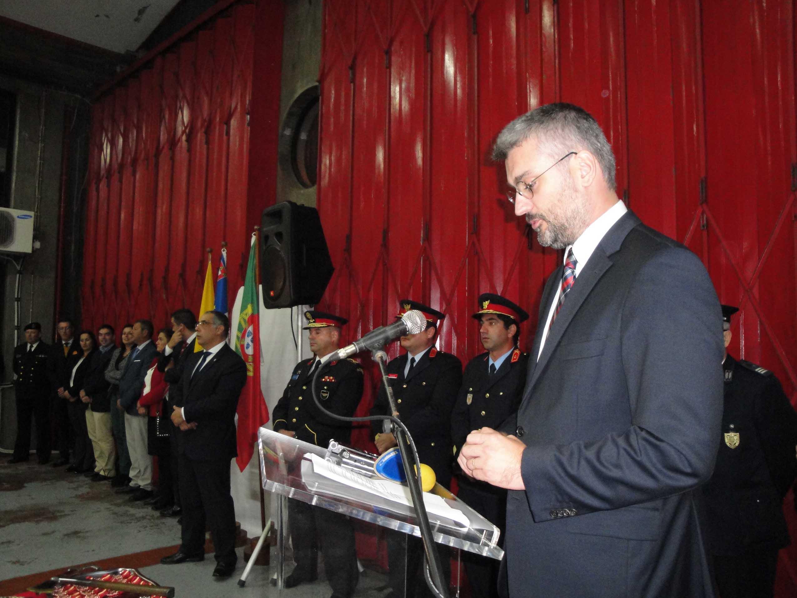 Associação Humanitária dos Bombeiros Voluntários das Velas celebra 37 anos com cerimónia repleta de simbolismo (c/áudio)