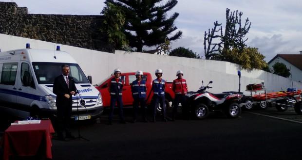 Em Dia Internacional do Voluntariado, Secretário Regional da Saúde entrega Moto 4 aos Bombeiros Voluntários da Calheta (c/áudio)