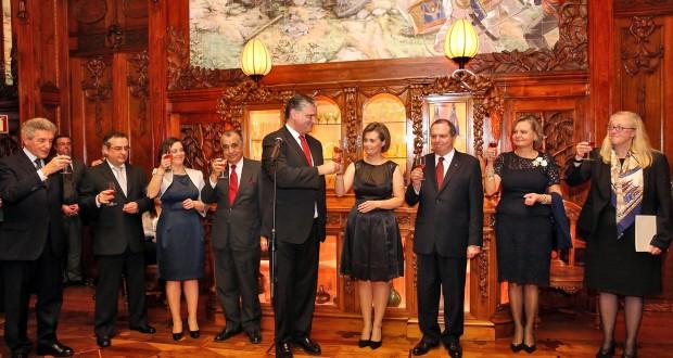 """Vasco Cordeiro destaca exemplos de """"coragem e resistência"""" do Povo Açoriano nos últimos anos"""