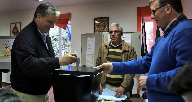Vasco Cordeiro apelou aos Açorianos para que exercessem direito e dever de voto