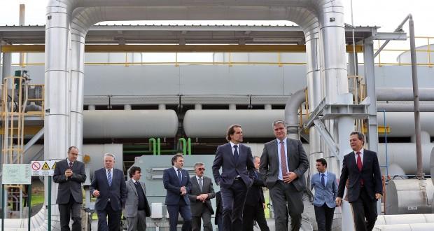 """Visita de Miguel Albuquerque permite """"abrir novos horizontes"""" em função das Regiões, afirma Vasco Cordeiro"""