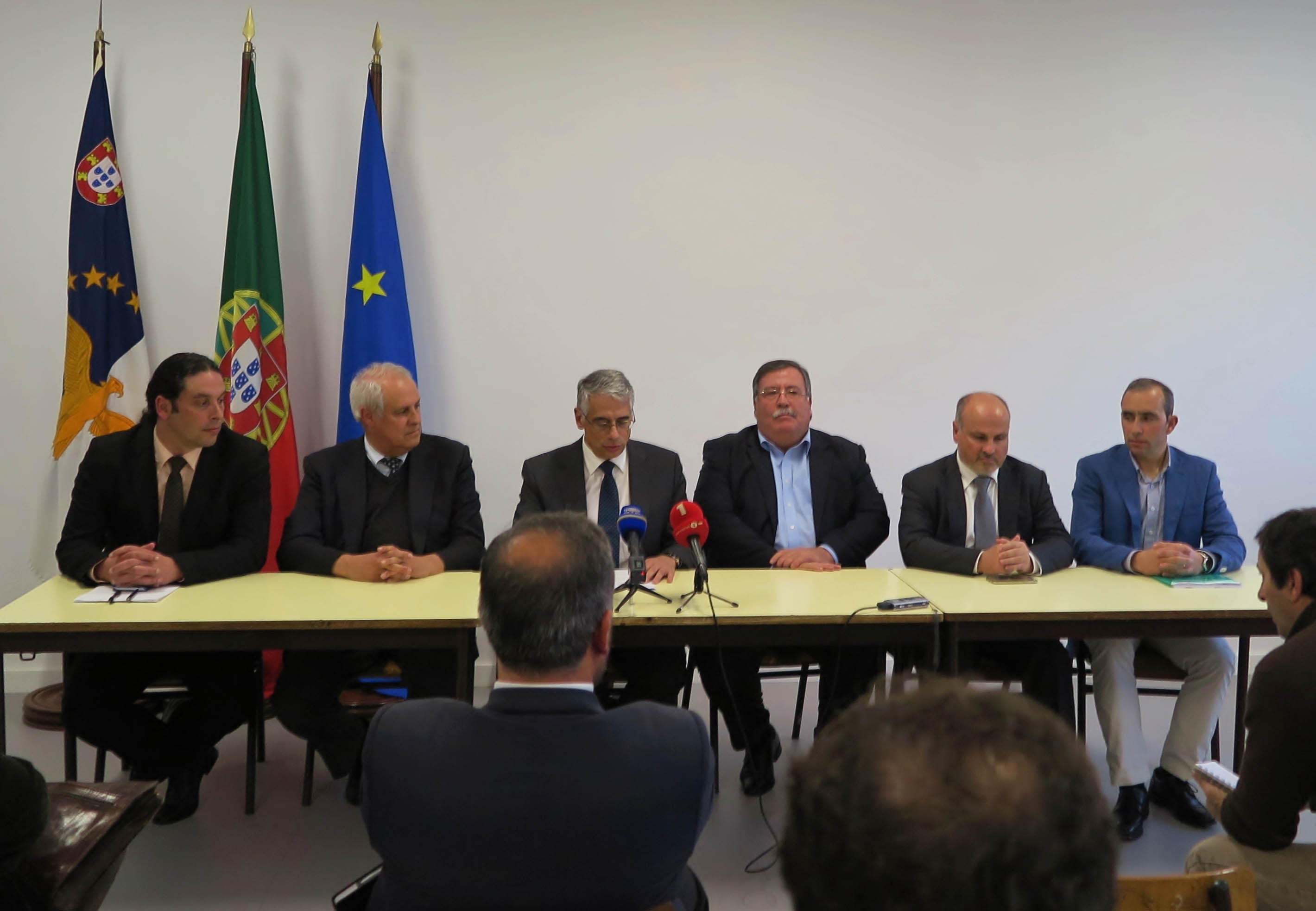 Governo, produção, indústria e comercialização de leite e laticínios dos Açores subscrevem declaração de compromissos