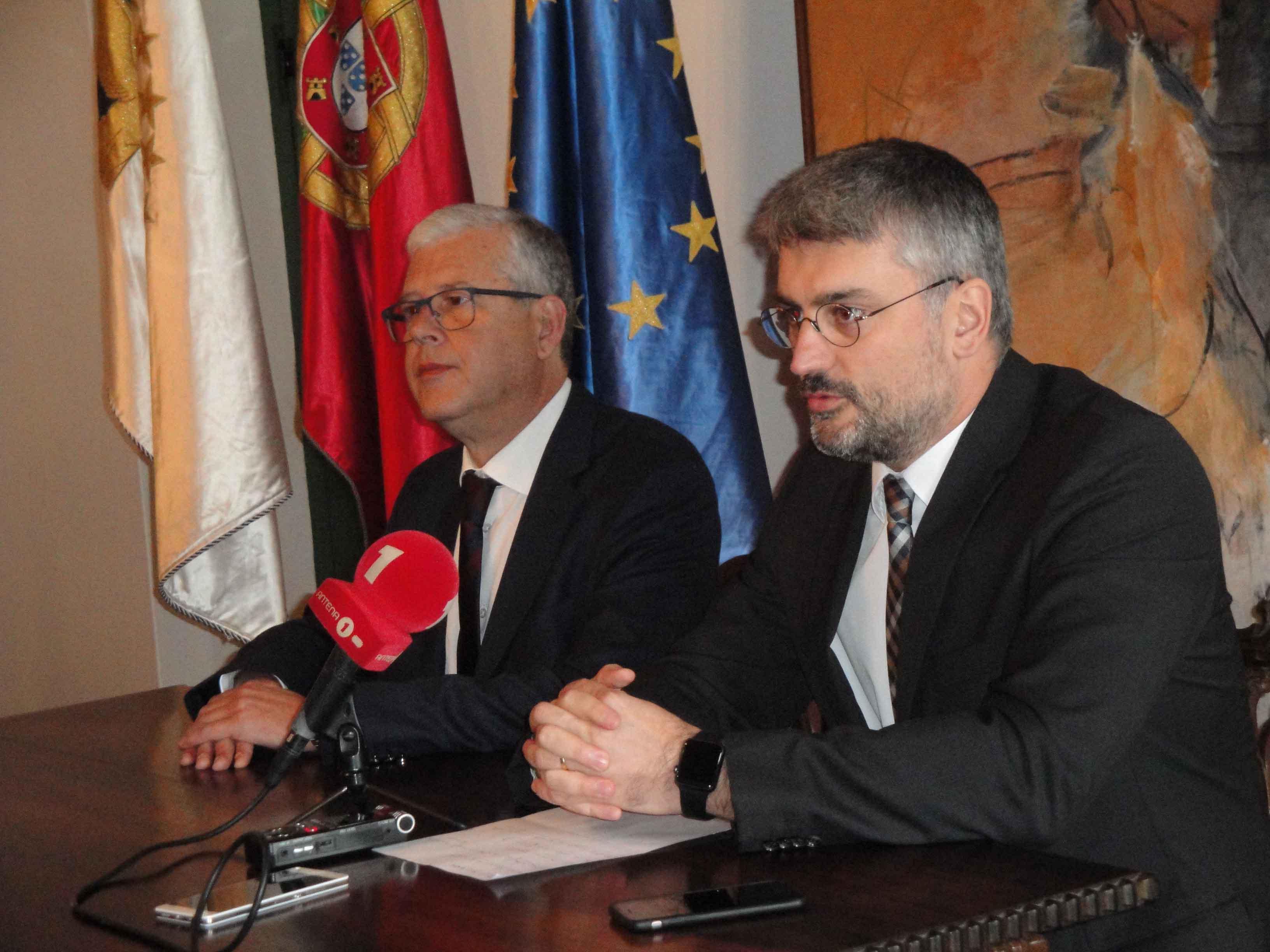 """Açores e Madeira vão """"aprofundar a interação"""" na área da saúde, anuncia Luís Cabral"""