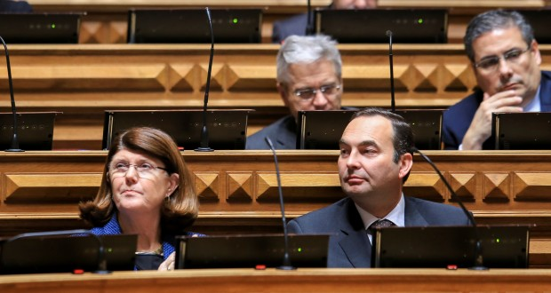 Governo da República e PS com muita propaganda e pouca realização, condena PSD