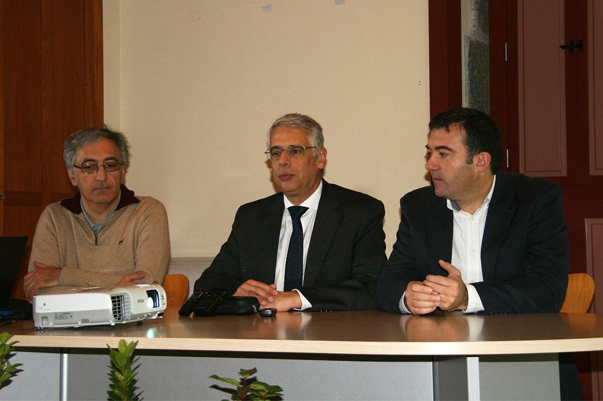 Neto Viveiros destaca envolvimento de vários departamentos do Governo no combate à praga das térmitas