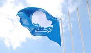Açores candidatam 39 zonas balneares e marinas ao galardão Bandeira Azul 2016