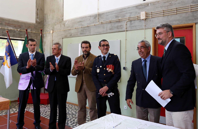 Governo dos Açores vai investir 2,5 ME nos quartéis de bombeiros em 2016, afirma Luís Cabral
