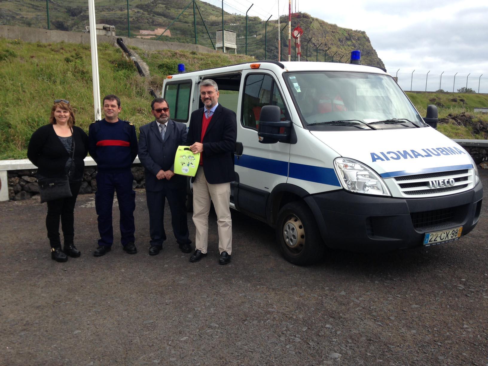 Governo dos Açores já investiu cerca de 100 mil euros na área de suporte de vida com desfibrilhador automático externo