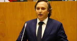 """Turismo tem plano para """"dar resposta aos novos desafios"""", assegura Vítor Fraga"""