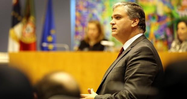 """Vasco Cordeiro defende que não devem existir """"assuntos tabu"""" no debate sobre a Autonomia"""
