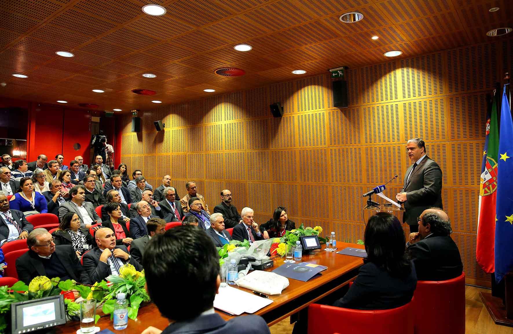 Presidente do Governo destaca importância da Comunicação Social no reforço da ligação entre os Açores e a Diáspora