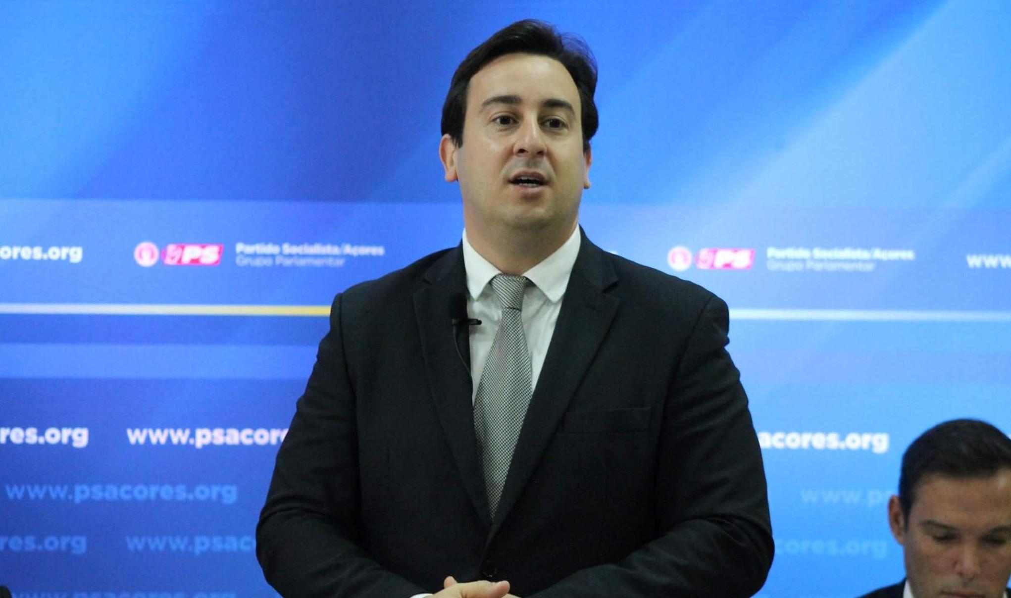 """""""O deputado Duarte Freitas desrespeitou os Açorianos com a intervenção que fez no Congresso do PSD"""", afirma Berto Messias"""