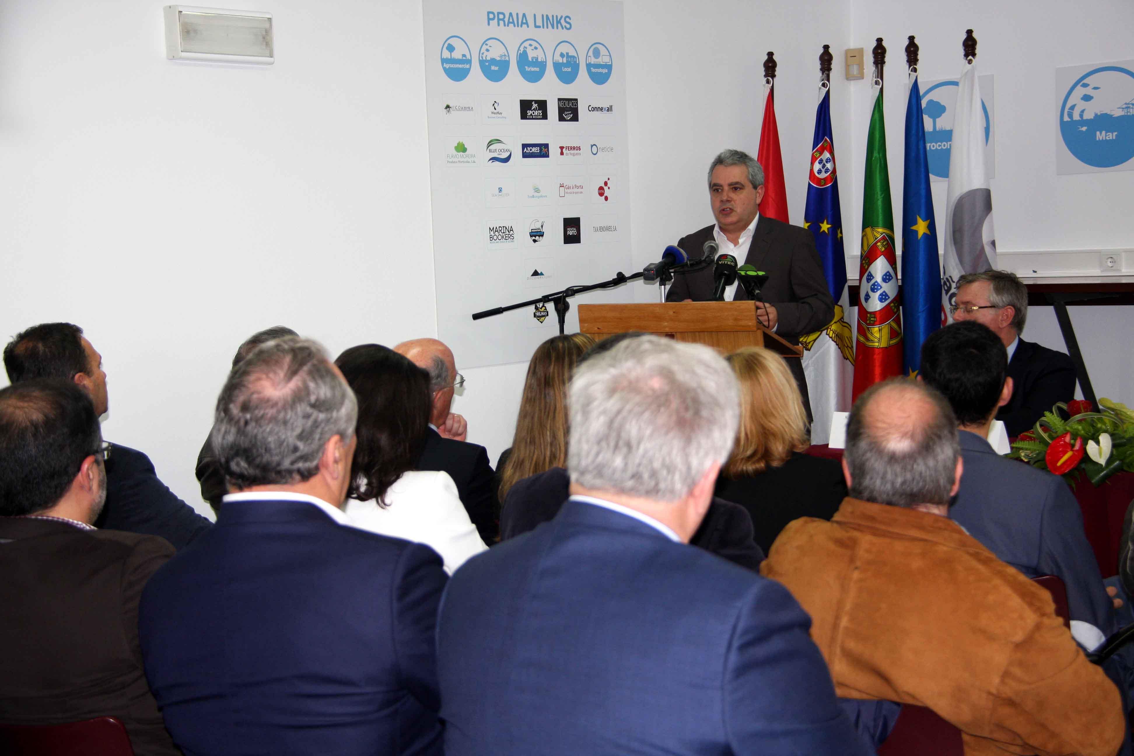 Temos de aproveitar condições favoráveis para captar investimento, afirma Sérgio Ávila