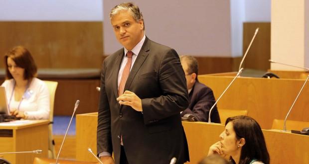 Vasco Cordeiro convicto de uma boa solução no concurso anual dos professores e alteração da regra de três anos