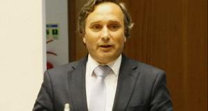 Reforço de operação charter com EUA potencia turismo no Grupo Central dos Açores, afirma Vítor Fraga