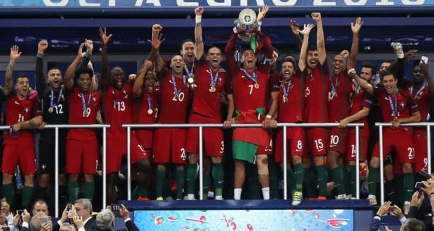 Taça do Euro 2016 estará em exposição nas ilhas do Faial e do Pico