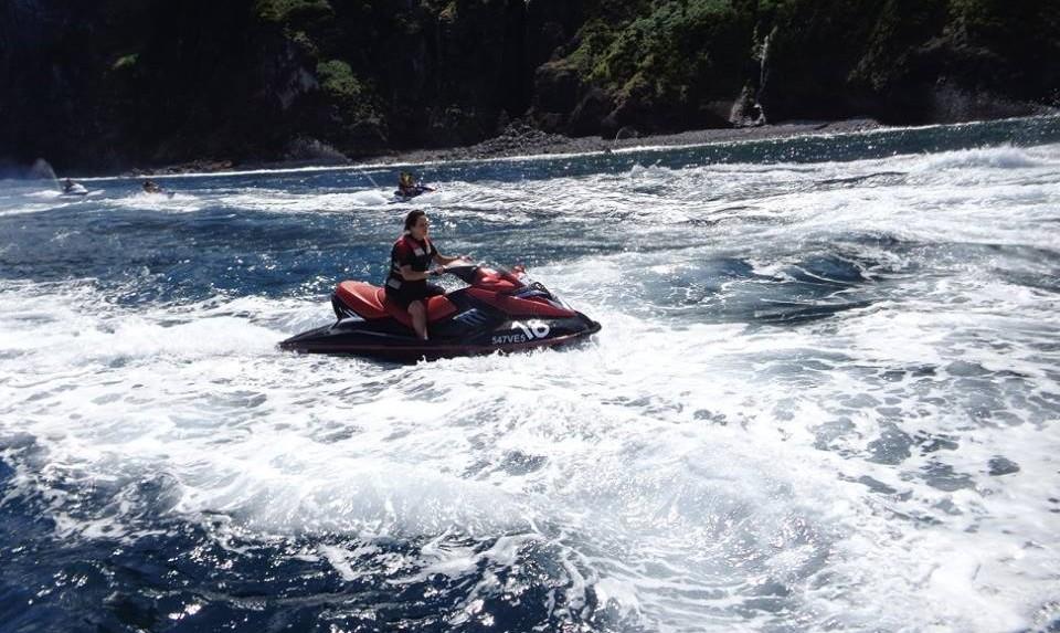 Secção de Náutica do São Jorge Automóvel Clube promove volta à ilha em Mota de Água (c/áudio)