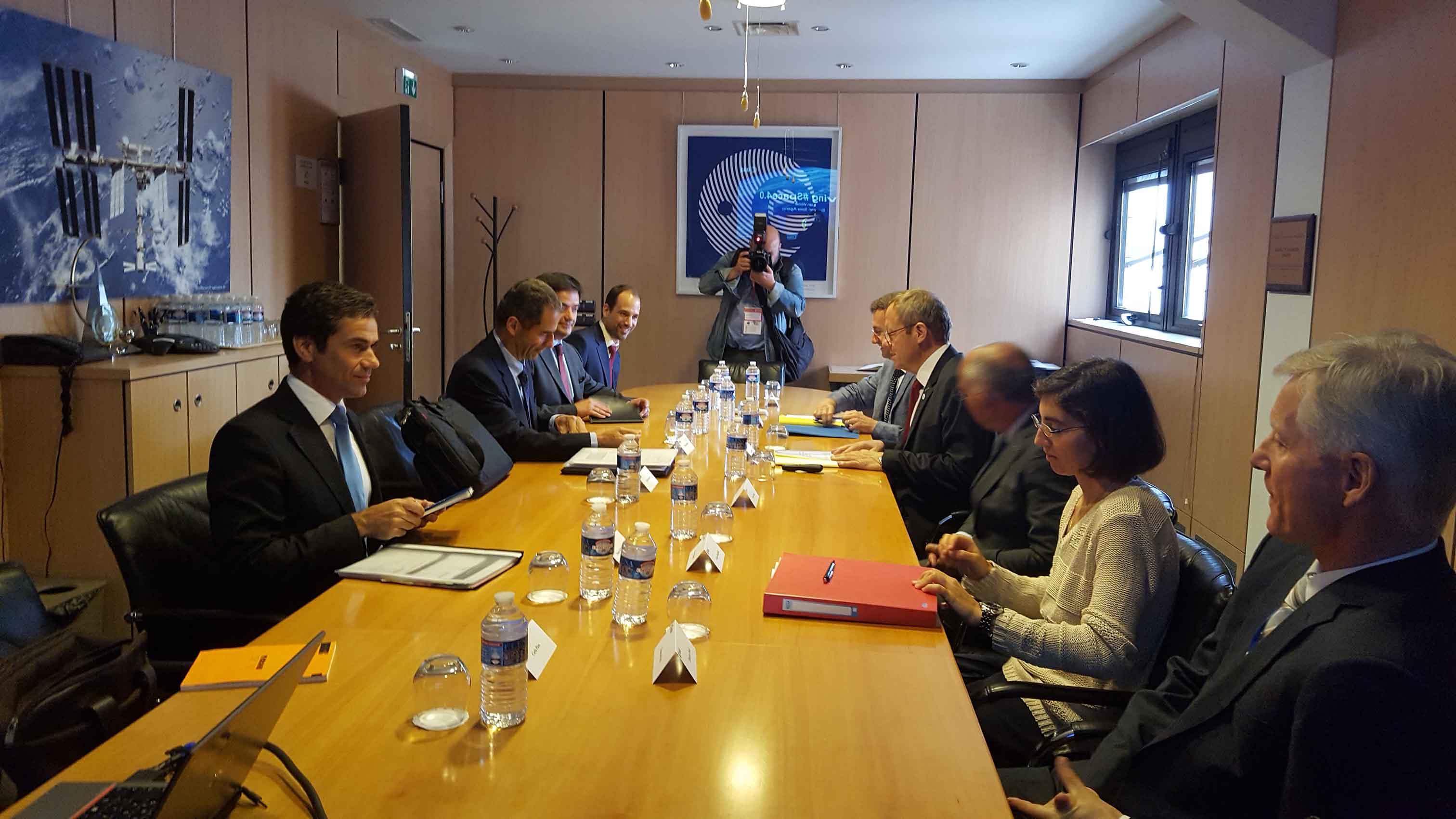 Açores assumem-se como plataforma internacional para observação do espaço, afirma Brito e Abreu