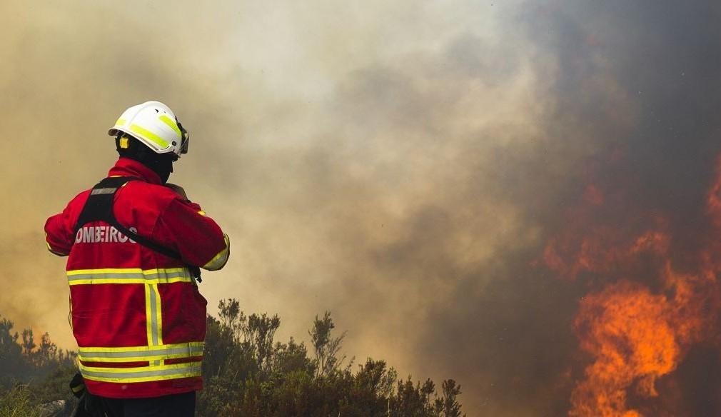 Bombeiros dos Açores com acesso prioritário a lares de idosos e a cuidados continuados
