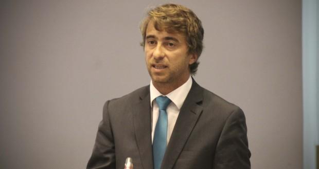 """""""Não foi a SATA que abandonou as ligações aéreas ao Faial"""", realçou Lúcio Rodrigues"""