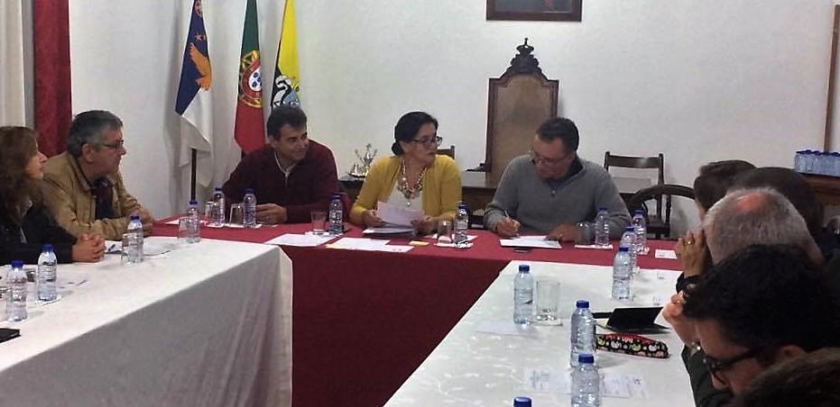 Conselho de Ilha vai reivindicar junto do Governo estado da obra do Caminho da Fajã do Ouvidor e Calado do Porto Comercial das Velas (c/áudio)
