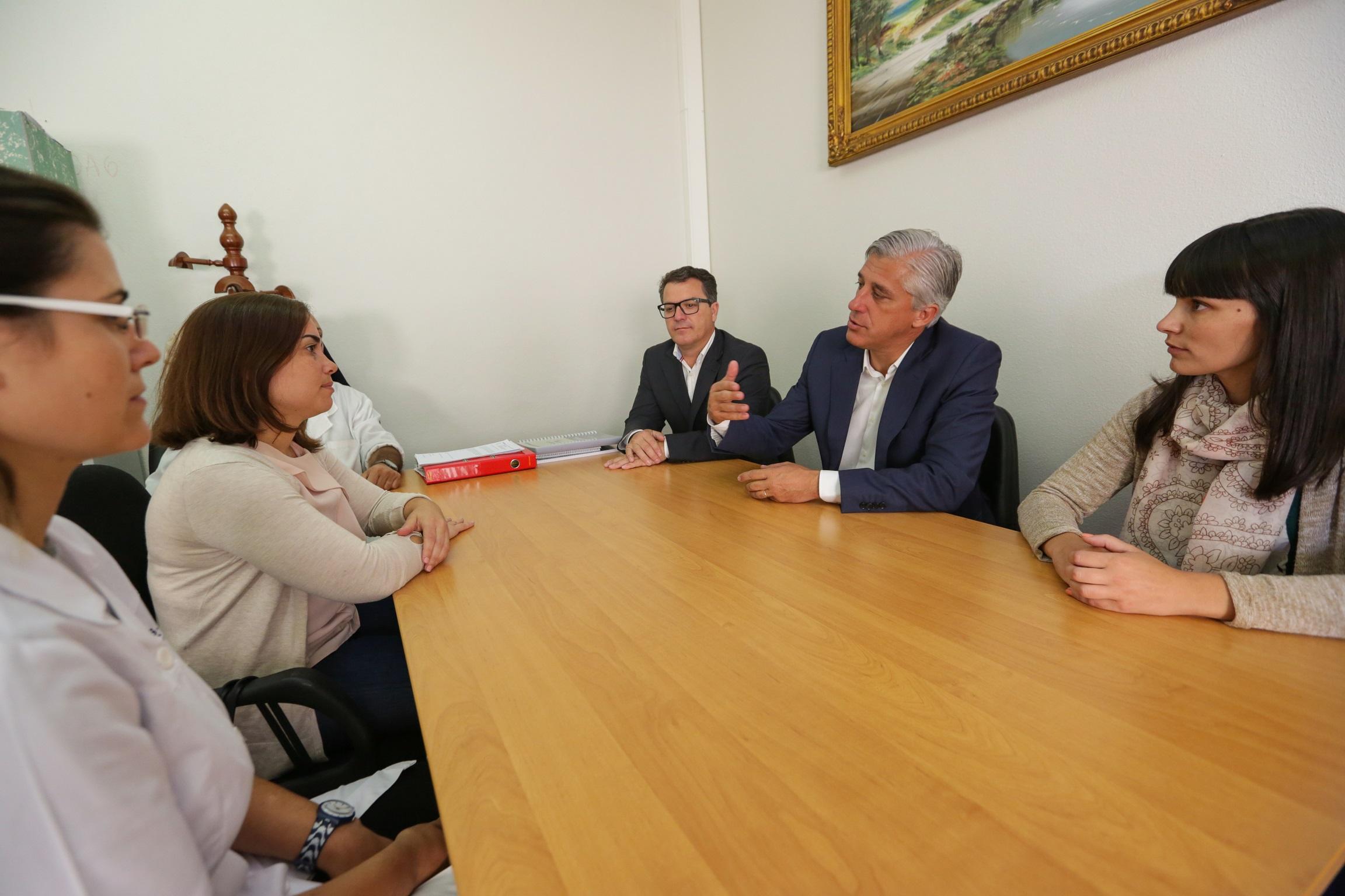 Duarte Freitas garante que os especialistas vão regressar às ilhas sem hospital