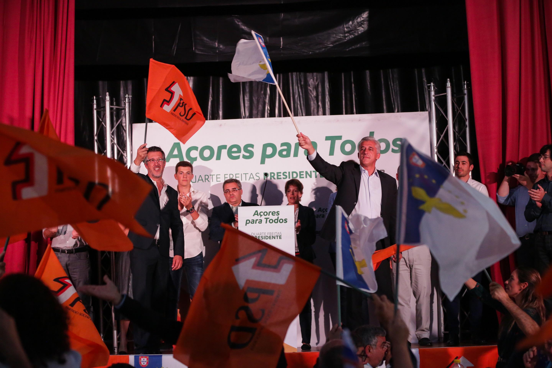 """António Pedroso acredita que São Jorge pode ser """"auto-sustentável"""" e lamenta obras tardias que """"só servem interesses da governação socialista"""" (c/áudio)"""