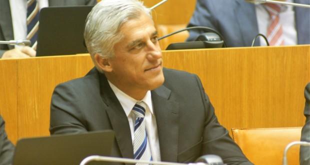 """Duarte Freitas afirma que Orçamento """"não melhora a vida dos açorianos"""""""