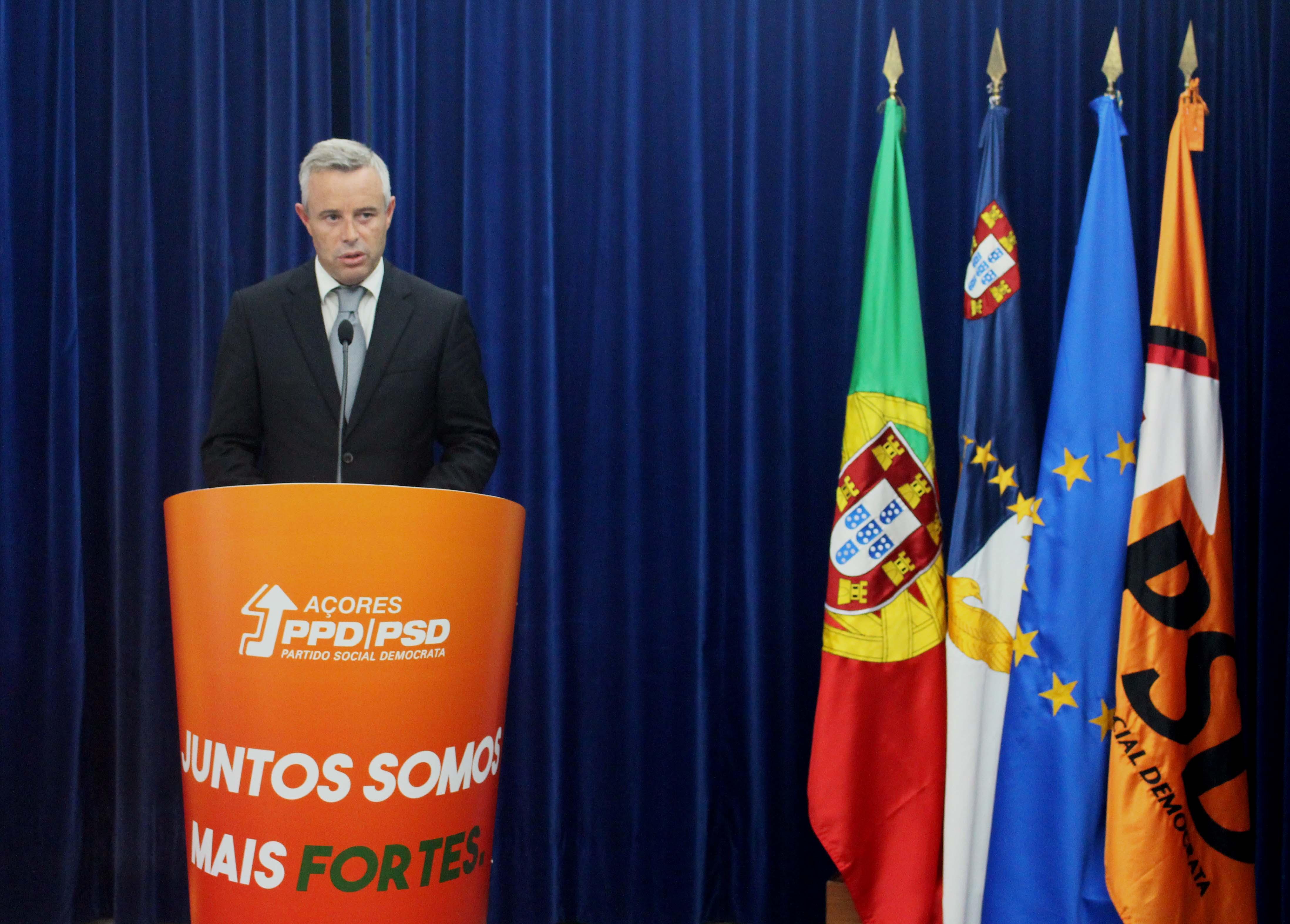 Paulo Silva oficializa candidatura à presidência do PPD/PSD Açores