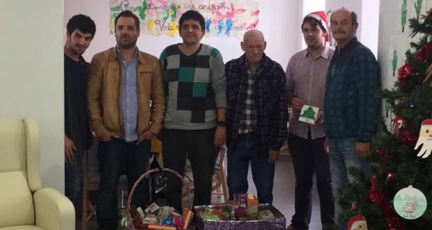 CAO das Velas recebe cabaz de Natal da Associação de Estudantes da Escola Profissional de São Jorge (c/áudio)