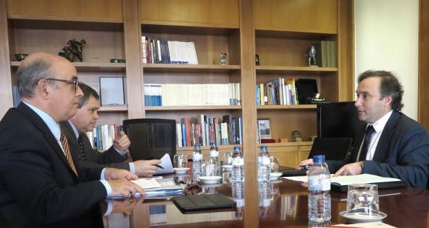 Vítor Fraga pede celeridade ao Governo da República para recuperação do Cais NATO e certificação da Base das Lajes para uso civil