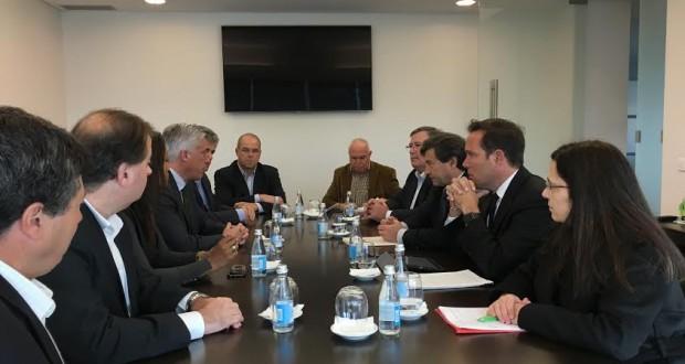 Governo regional não pode recusar propostas que beneficiam os açorianos