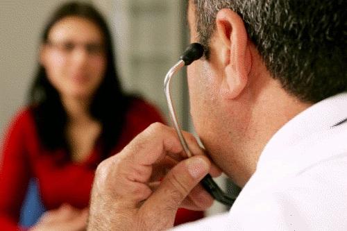 Acesso das mulheres aos cuidados de saúde é garantia de igualdade, afirma Diretora Regional da Saúde