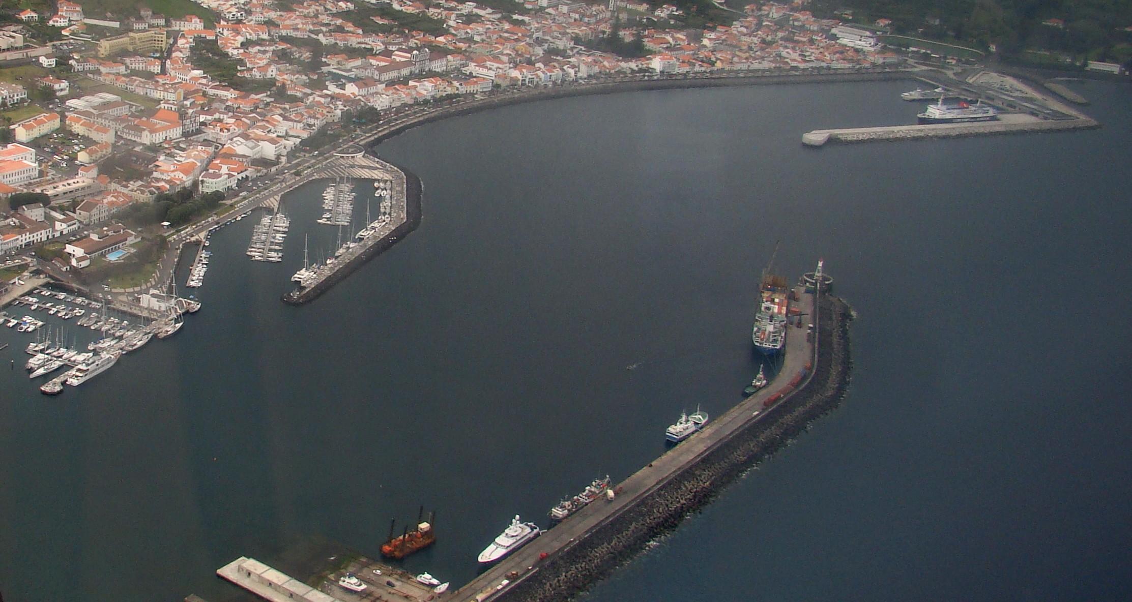 Governo dedica visita de trabalho ao Faial ao investimento em várias áreas