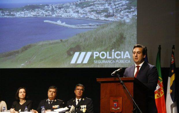 Insuficiências de meios das forças de segurança nos Açores têm de ser resolvidas pelo Estado, afirma Berto Messias