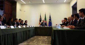 Vasco Cordeiro informou deputados do andamento do processo da Base das Lajes