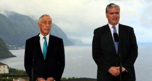 """Com a Fajã dos Vimes como pano de fundo Marcelo diz """"até breve"""" aos Açores e Vasco Cordeiro afirma que Presidente da República é """"aliado de peso"""" (c/áudio)"""