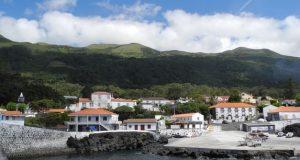 Cadáver encontrado por mergulhador no fundo mar na zona do Porto da Urzelina (c/áudio)