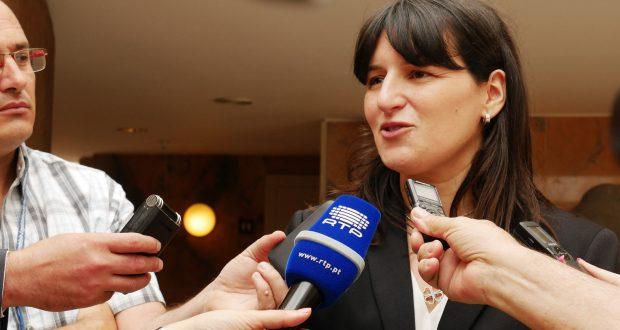 Ana Cunha já tomou posse como Secretária Regional dos Transportes e Obras Públicas (c/áudio)