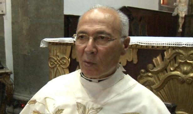 Igreja Matriz das Velas homenageia Padre Silveira pelas suas Bodas de Ouro sacerdotais (c/áudio)