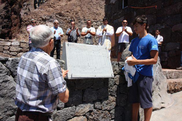 Inaugurado monumento alusivo aos antigos baleeiros da vila do Topo (c/áudio)