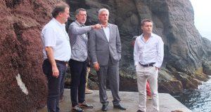 António Pedroso exige ao Governo clarificação sobre empreitada no porto do Topo (c/áudio)