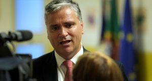 Governo está a acompanhar de perto processo da nova fábrica da COFACO no Pico, garante Vasco Cordeiro