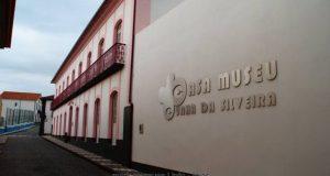 Comissão de Atribuição de Bolsas de Estudo gera polémica na Assembleia Municipal das Velas (c/áudio)